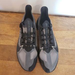 Mens Nike Zoom Gravity Black running shoe size 14